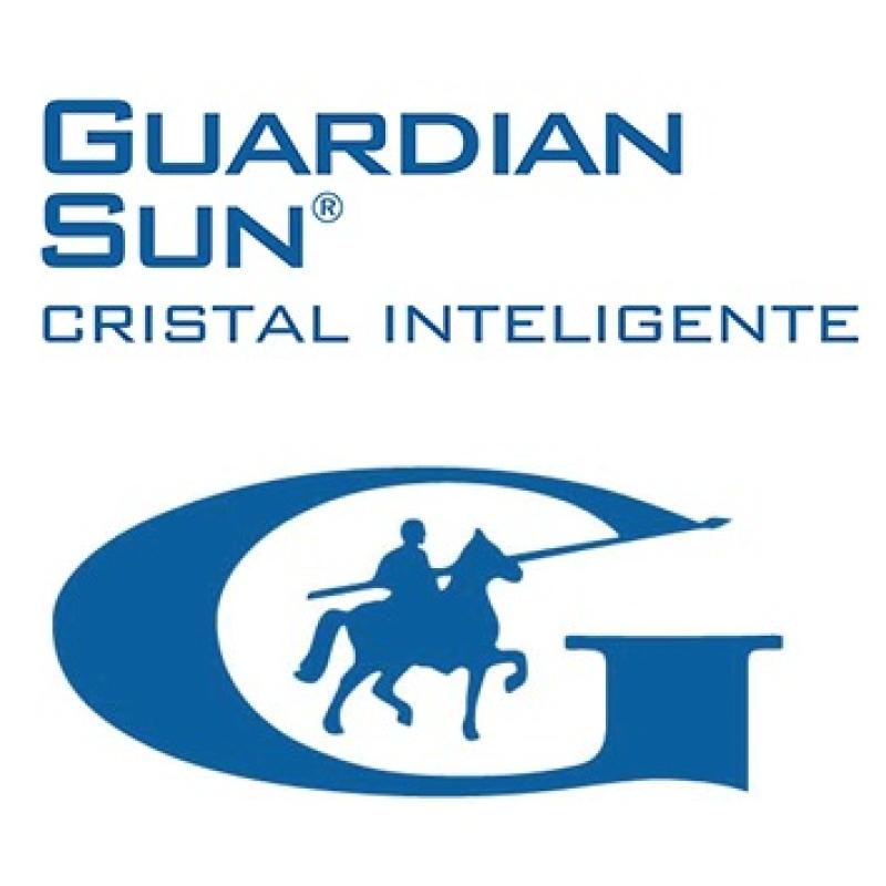 Vidrio Guardian con control solar